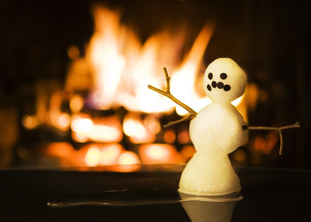 『雪だるまつくろう』は英語で何て言う?アナと雪の女王より