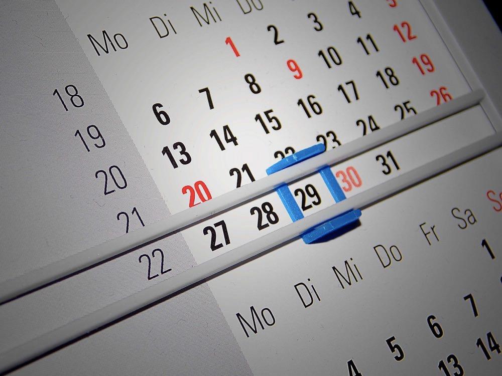 日付を英語で正しく書けますか?